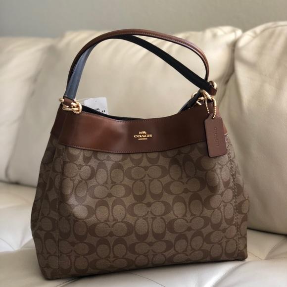7788d4a1edb5 Coach Lexy Shoulder Bag Signature Canvas Leather